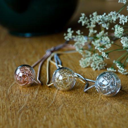 Skleněný náhrdelník Precious Wired