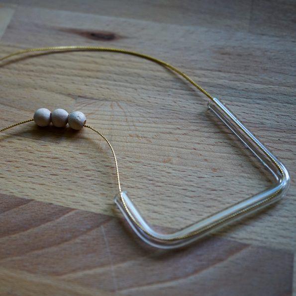 Skleněný náhrdelník Noel